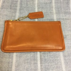 Coach Vintage Tan Skinny Case